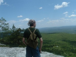Hiking Lake Minnewaska near New Paltz